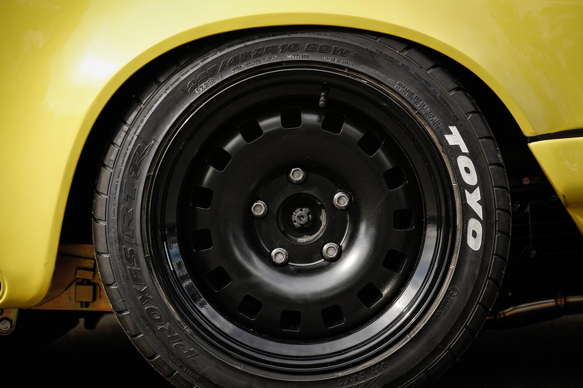 MR09 – The Yellow Hurricane